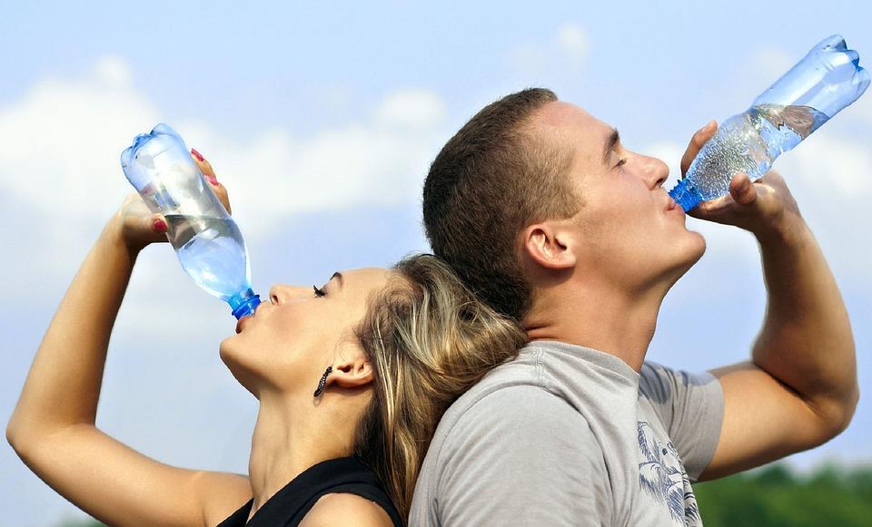 Potomanía, la obsesión por la hidratación sanitas promo salud